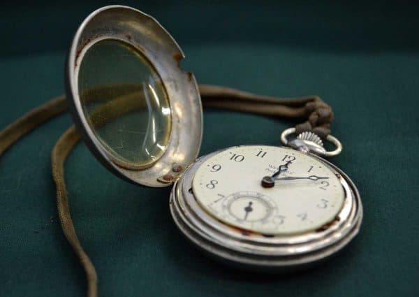 Gagner du temps au quotidien. Un chronomètre à gousset.