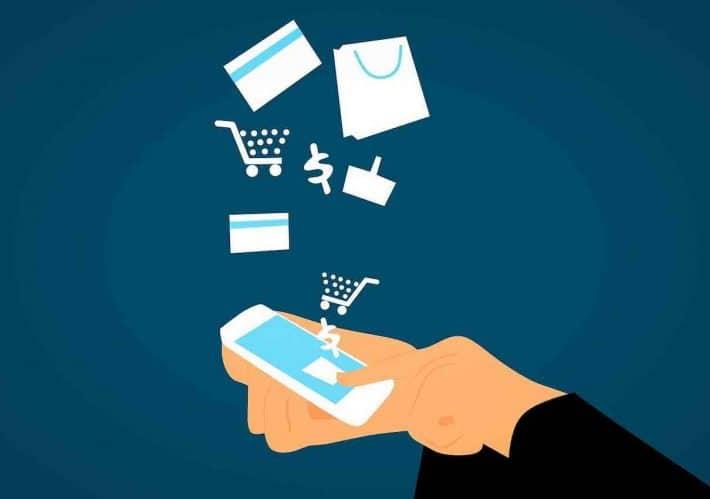 choisir une banque en ligne. Smartphone et service en ligne.